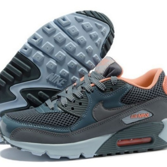 low priced 82126 5fac1 NIKE AIR MAX 90 ESSENTIAL WOMENS TRAINERS SPORT. M 5b703afd8ad2f98c77591316